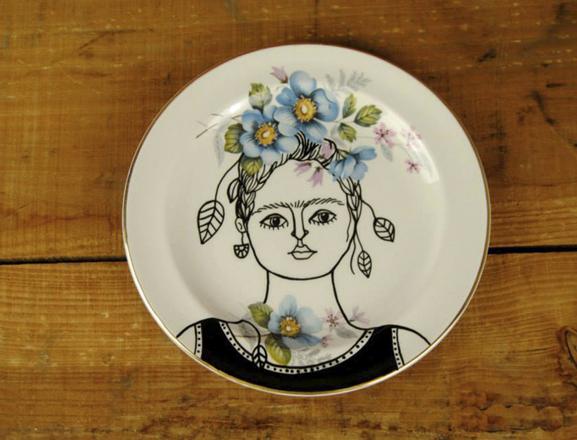 cavalinho do demo-cerámica Frida