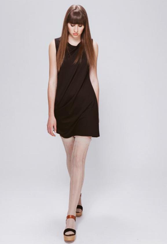 mónica lavandera-vestido negro