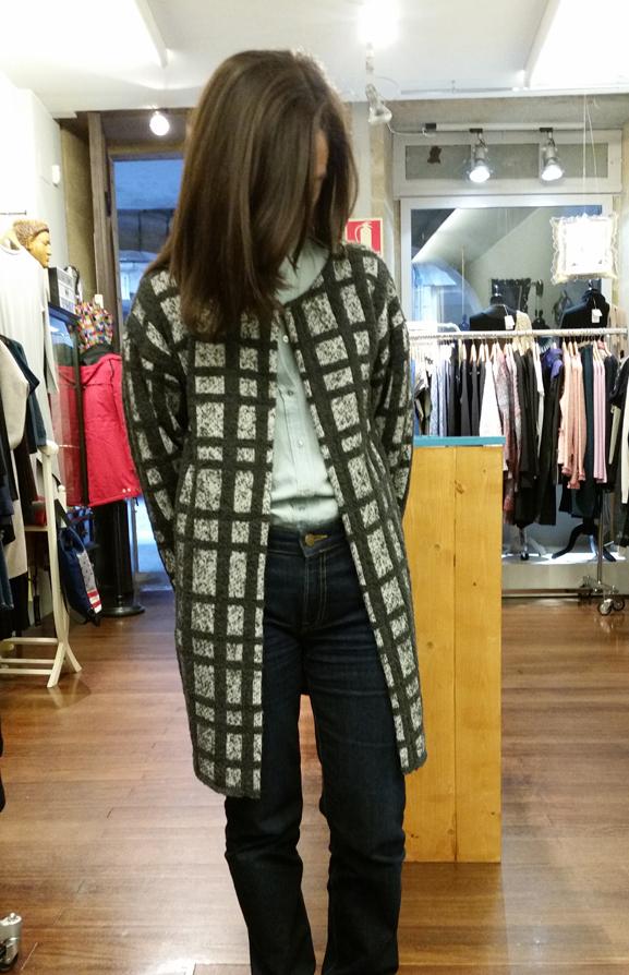 abrigo cuadros--devota & lomba