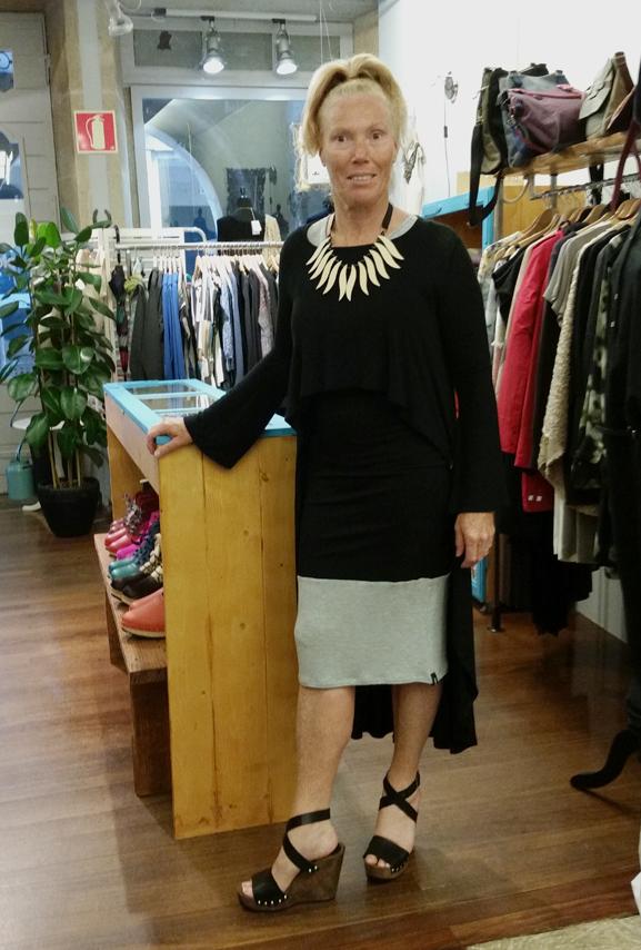 vestido y sobre vestido-Ioanna Kourbela & collar papiroga