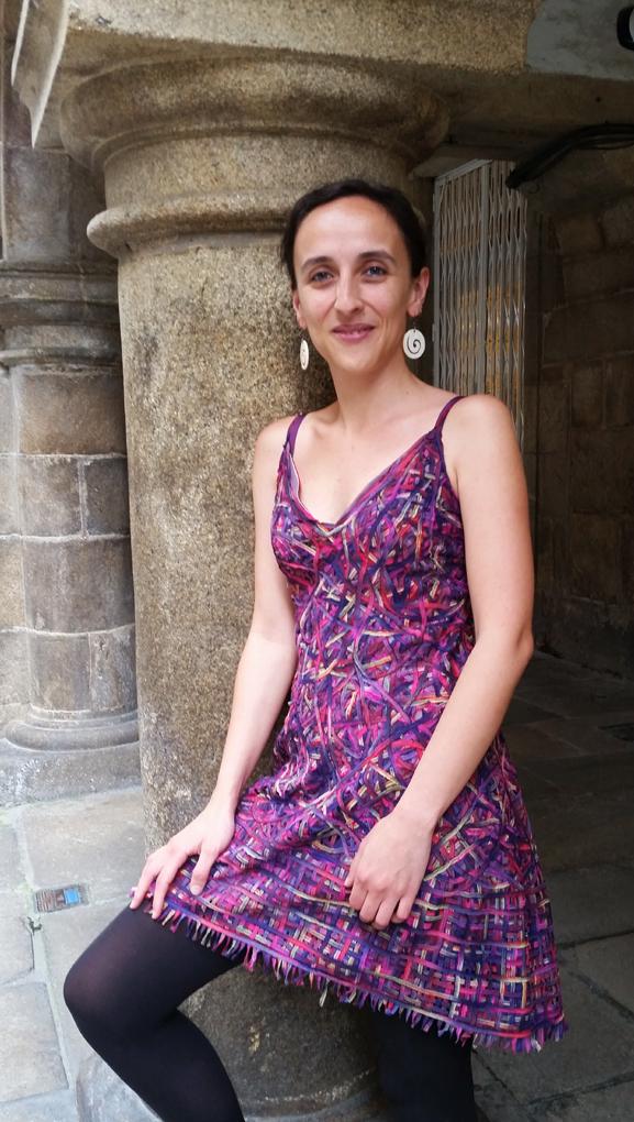 vestido curto-pé de chumbo