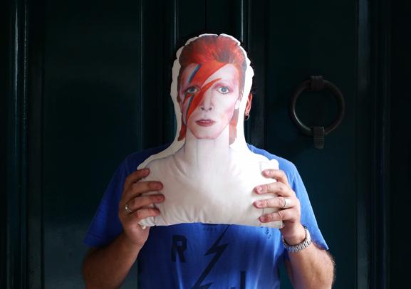 David Bowie-Mágicos Gagarín