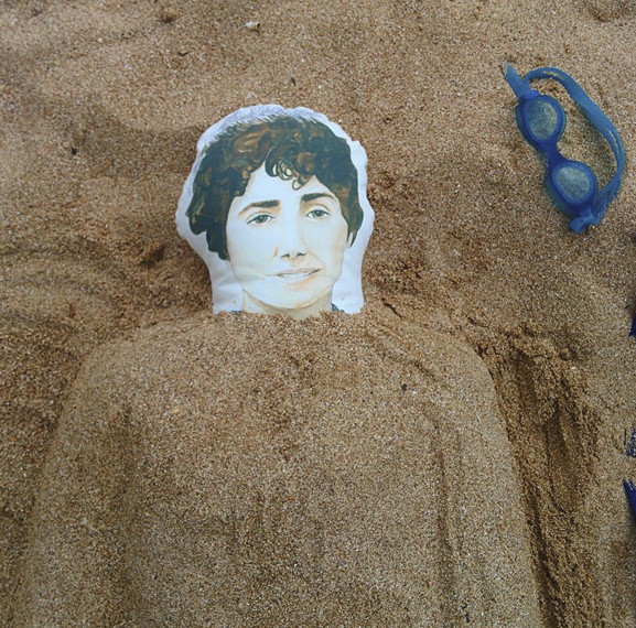 rosalía de castro-mágicos gagarin-praia