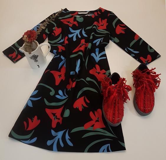vestido-nathalie vleeschouwer-zapatos-pé de chumbo-floreiro helen b